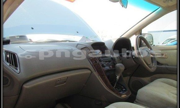 Buy Used Toyota Harrier Other Car in Lorengau in Manus
