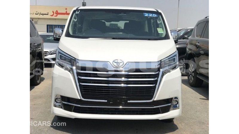 Big with watermark toyota granvia enga import dubai 6230