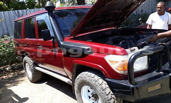 Buy Imported Toyota Land Cruiser Red Car in Port Moresby in National Capital District