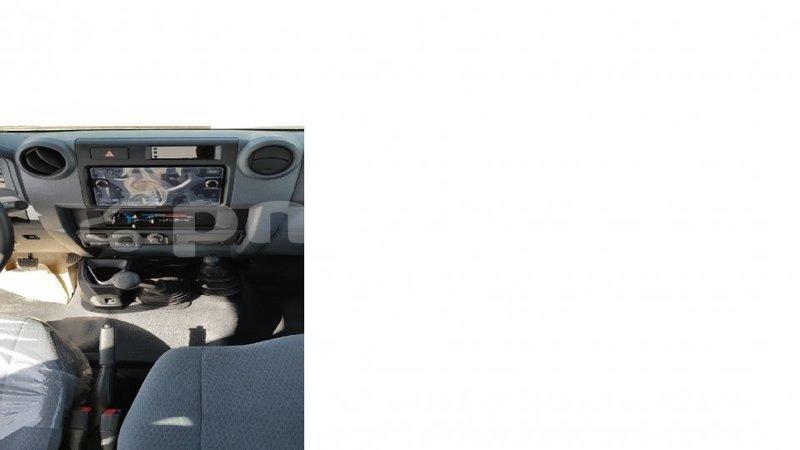 Big with watermark toyota land cruiser enga import dubai 6311