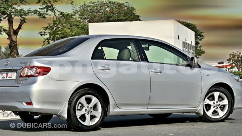 Big with watermark toyota corolla enga import dubai 6404