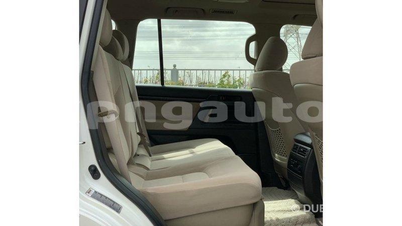 Big with watermark toyota land cruiser enga import dubai 6407