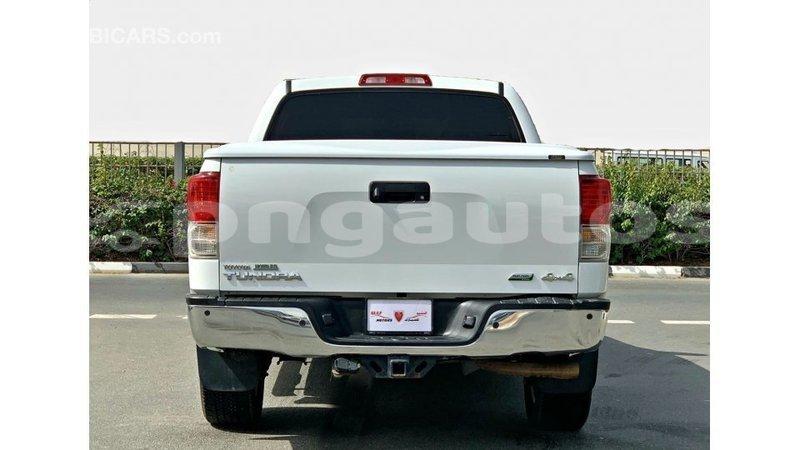 Big with watermark toyota tundra enga import dubai 6420