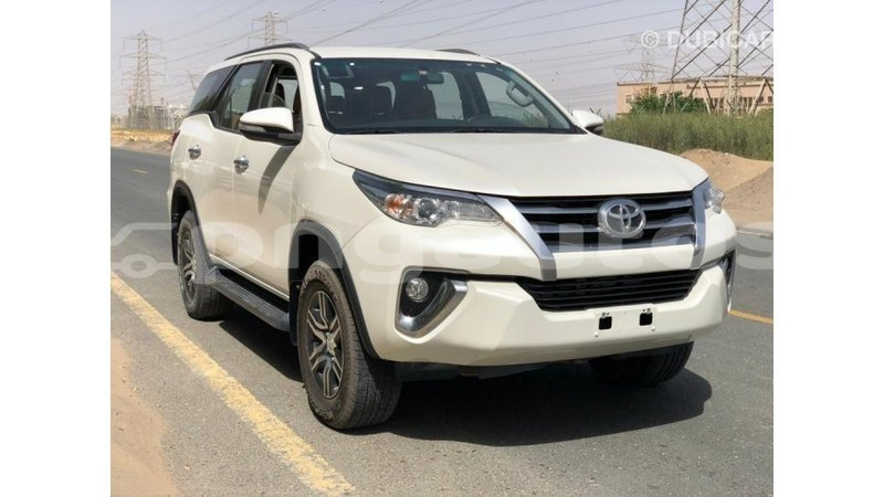 Big with watermark toyota fortuner enga import dubai 6426