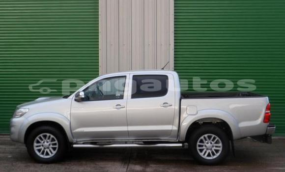 Buy Used Toyota Hilux Silver Car in Ambok in Madang