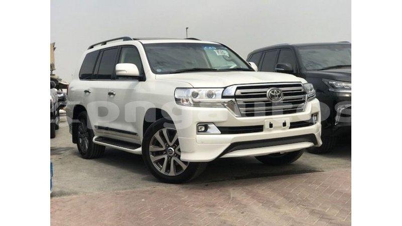Big with watermark toyota land cruiser enga import dubai 6450