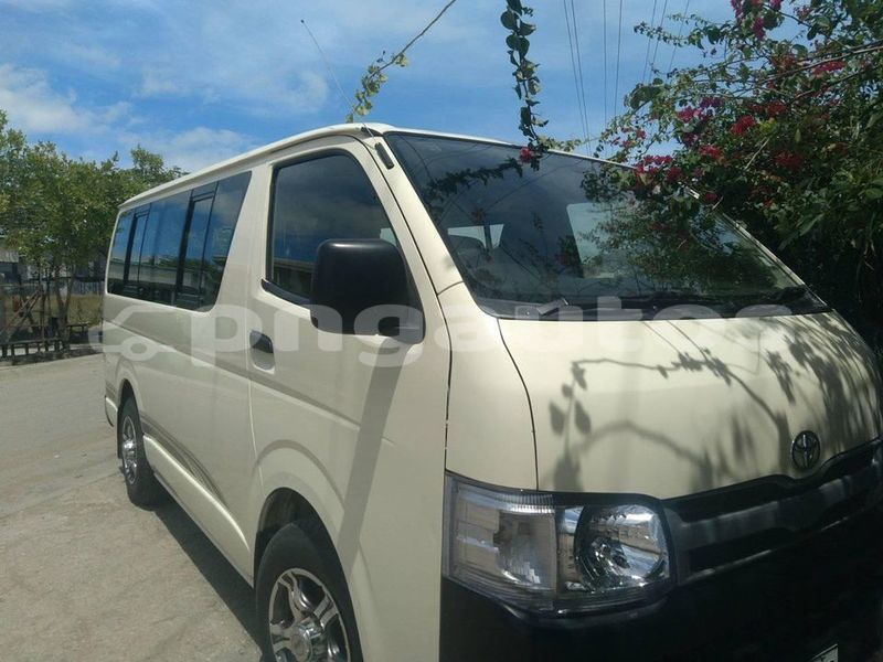 Big with watermark toyota hiace national capital district port moresby 6474