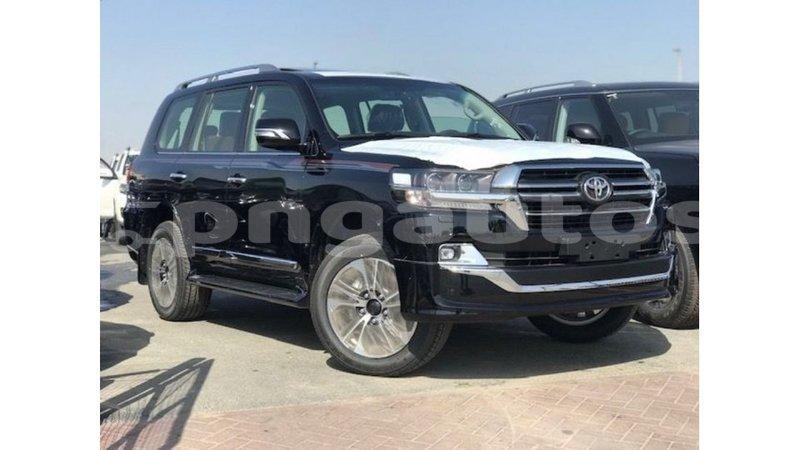 Big with watermark toyota land cruiser enga import dubai 6494