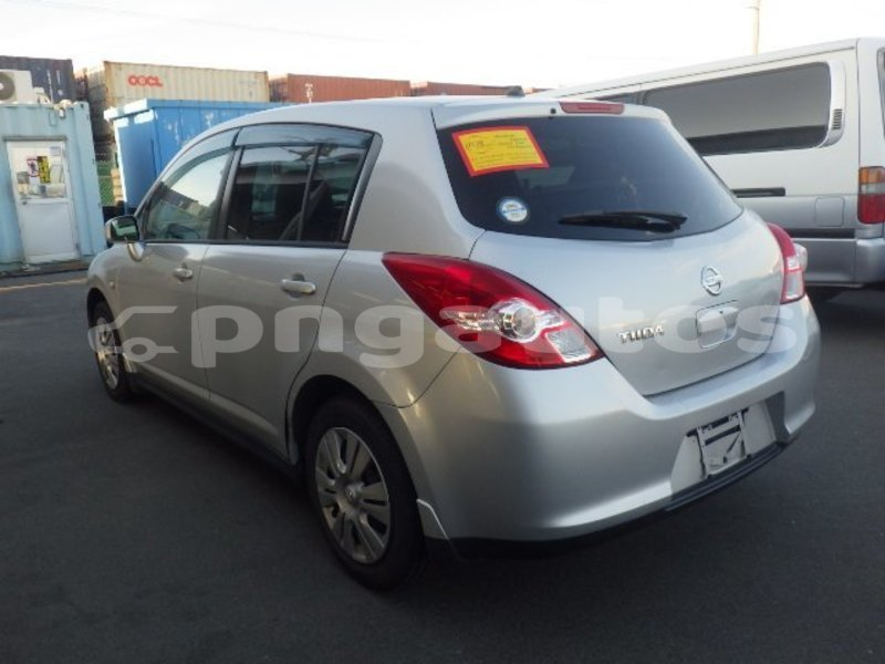 Big with watermark nissan tiida national capital district port moresby 6553