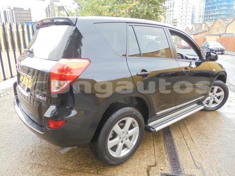 Big with watermark toyota rav4 western fly aiamback 6556