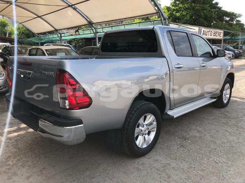 Big with watermark toyota hilux western fly aiamback 6558