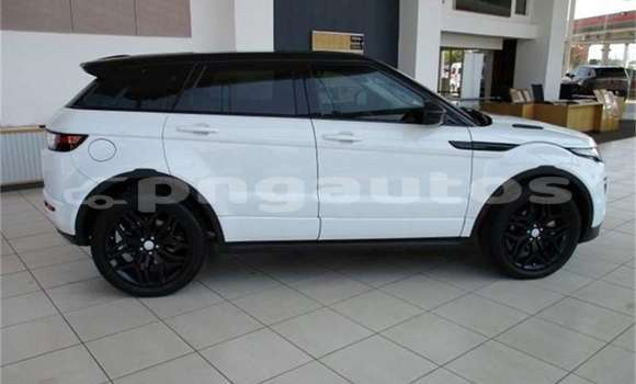 Buy Used Land Rover Range Rover Evoque White Car in Angoram in East Sepik