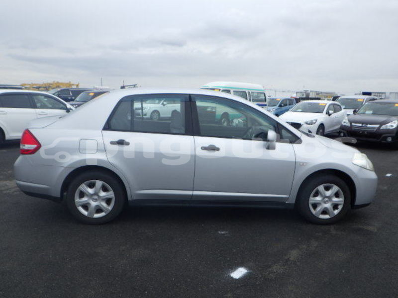 Big with watermark nissan latio national capital district port moresby 6642