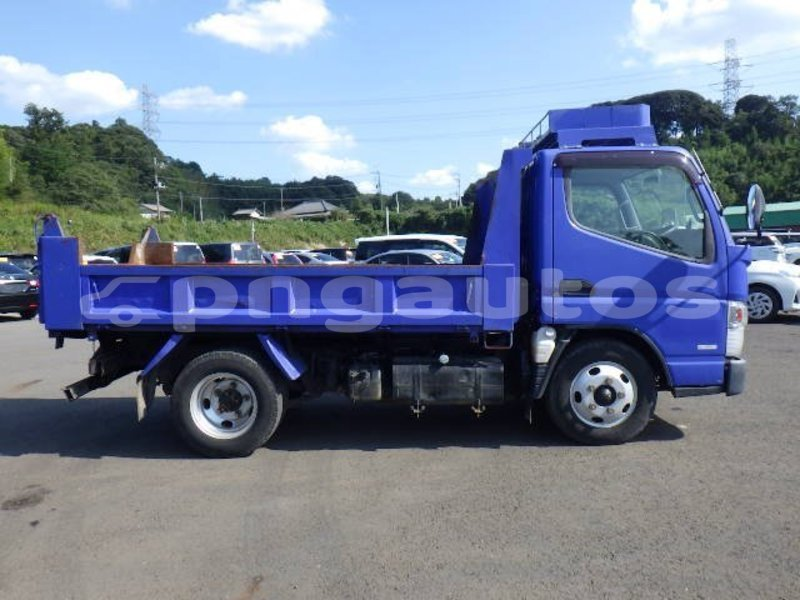 Big with watermark mitsubishi l400 national capital district port moresby 6768