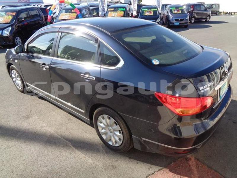 Big with watermark nissan bluebird sylphy national capital district port moresby 6818