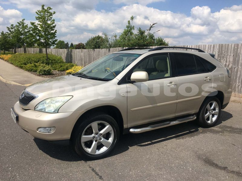 Big with watermark toyota harrier western fly aiamback 6831