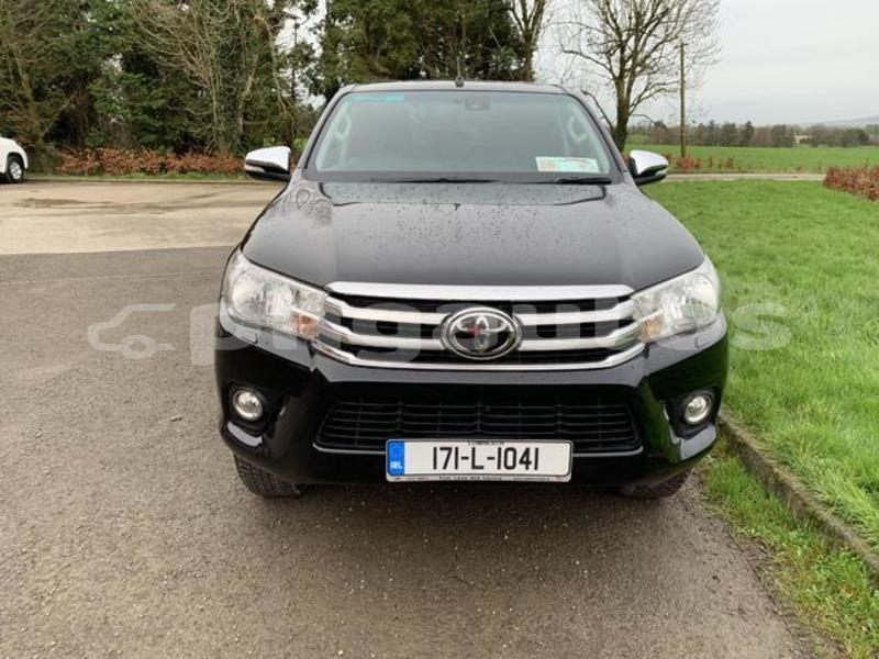 Big with watermark toyota hilux western fly aiamback 6832