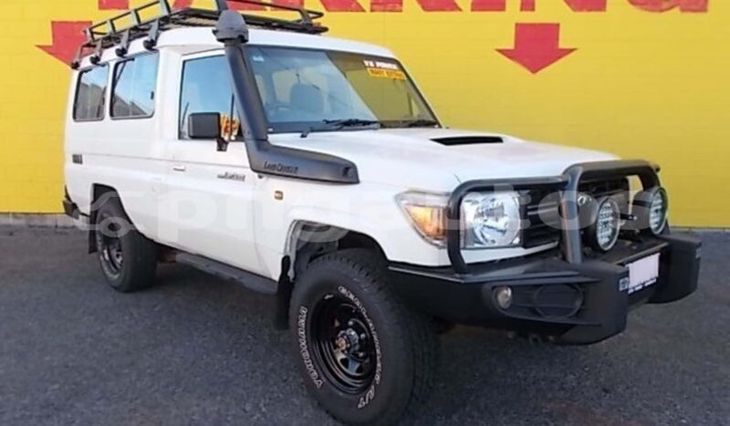 Big with watermark toyota land cruiser national capital district port moresby 6834