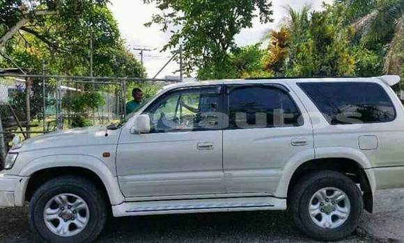 Buy Used Toyota Surf White Car in Port Moresby in National Capital District