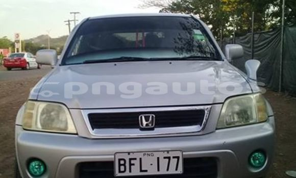 Buy Used Honda CR-V Silver Car in Port Moresby in National Capital District