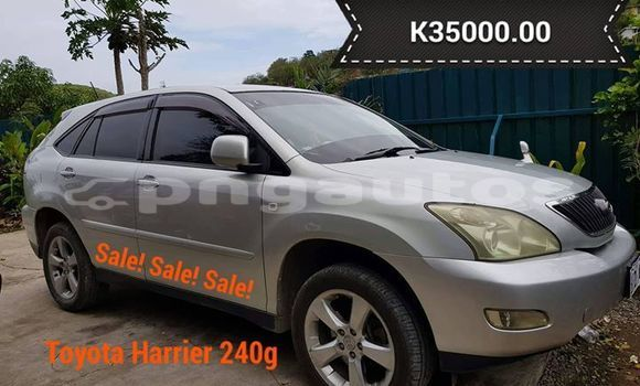 Buy Used Toyota Harrier Silver Car in Port Moresby in National Capital District