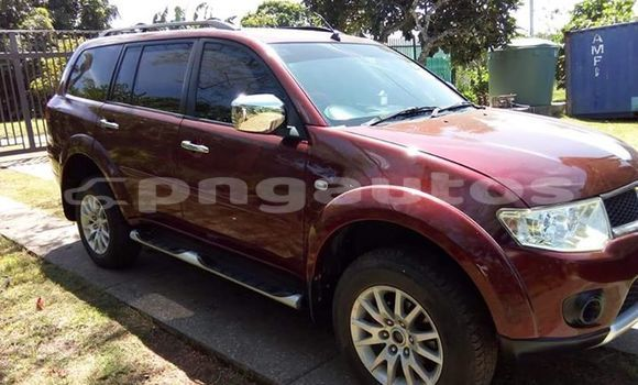 Buy Used Mitsubishi Pajero Red Car in Port Moresby in National Capital District