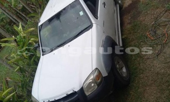 Buy Used Mazda BT50 White Car in Port Moresby in National Capital District