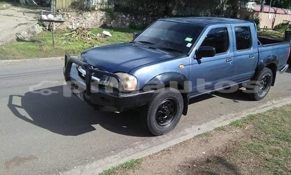 Buy Used Nissan Navara Blue Car in Port Moresby in National Capital District