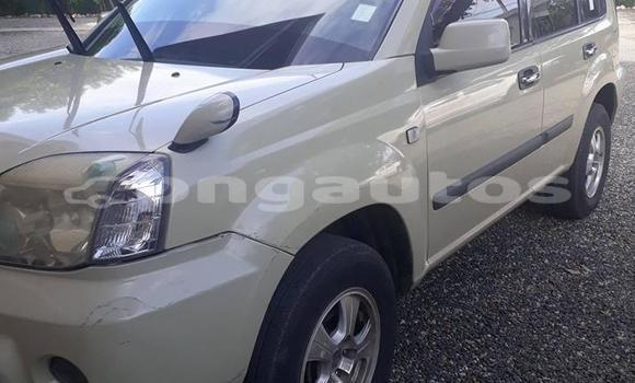 Buy Used Nissan Xtrail White Car in Port Moresby in National Capital District