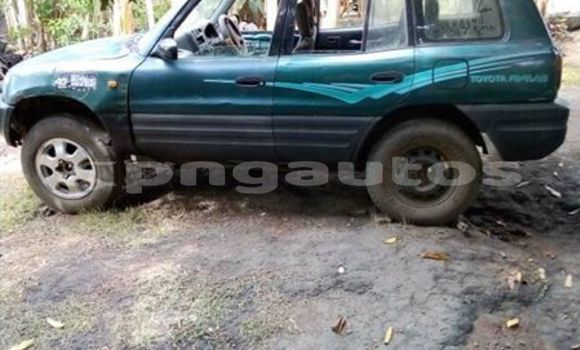 Buy Used Toyota RAV4 Green Car in Port Moresby in National Capital District
